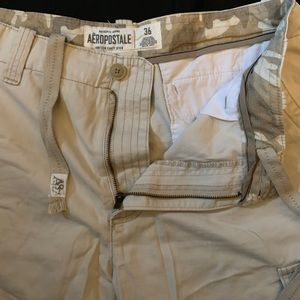 Aeropostale cream color cargo shorts